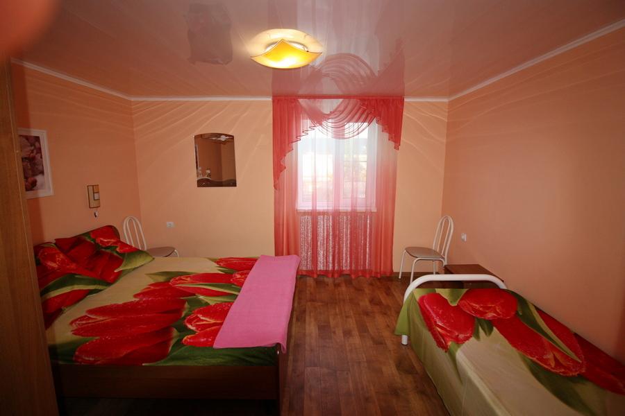 Виктория гостевой дом на Шевченко 77 в Ейске