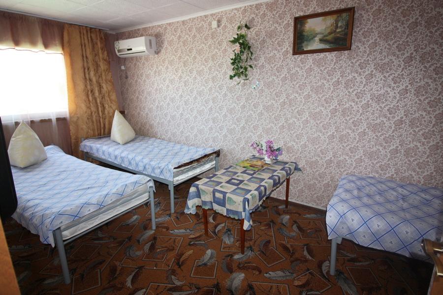 Мини- гостиница на Калинина 246 в Ейске